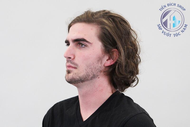 cách tạo kiểu bằng gôm xịt tóc