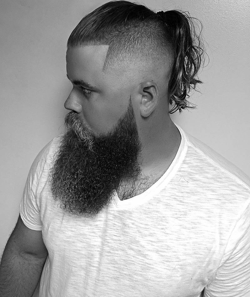 Kiểu tóc dài Undercut buộc cho nam