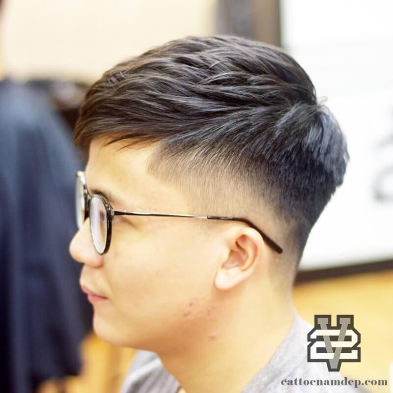 Kiểu tóc nam đơn giản Choppy crop