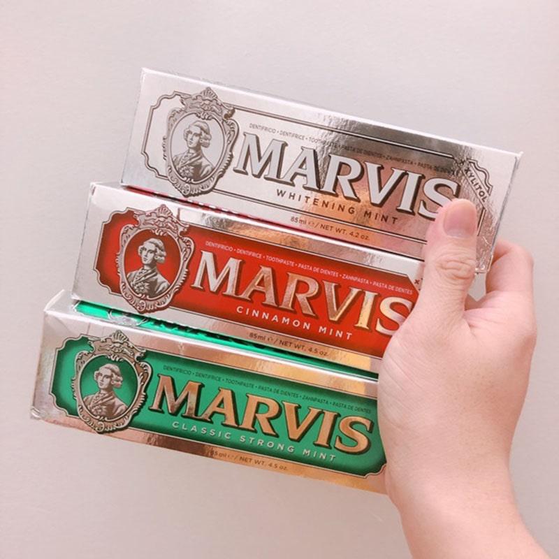Kem đánh răng Marvis Cinnamon Mint màu đỏ