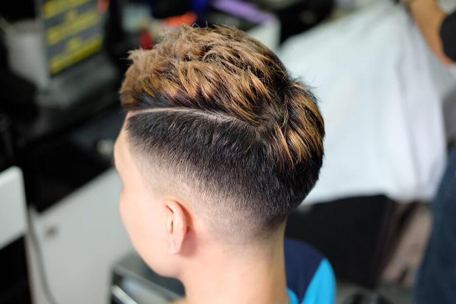 Kiểu tóc Mohican uốn xoăn 2020
