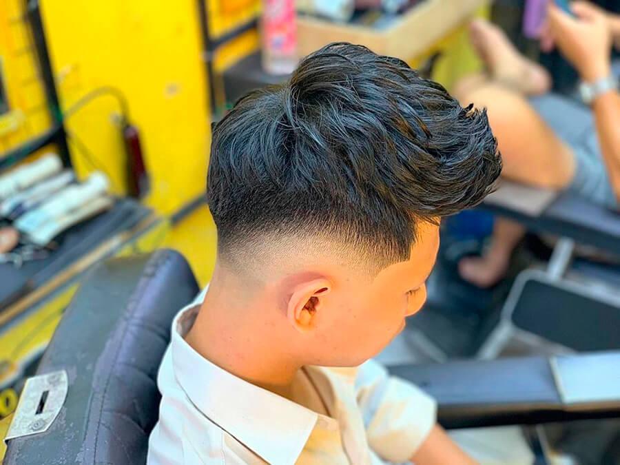 Kiểu tóc Mohican uốn 2020