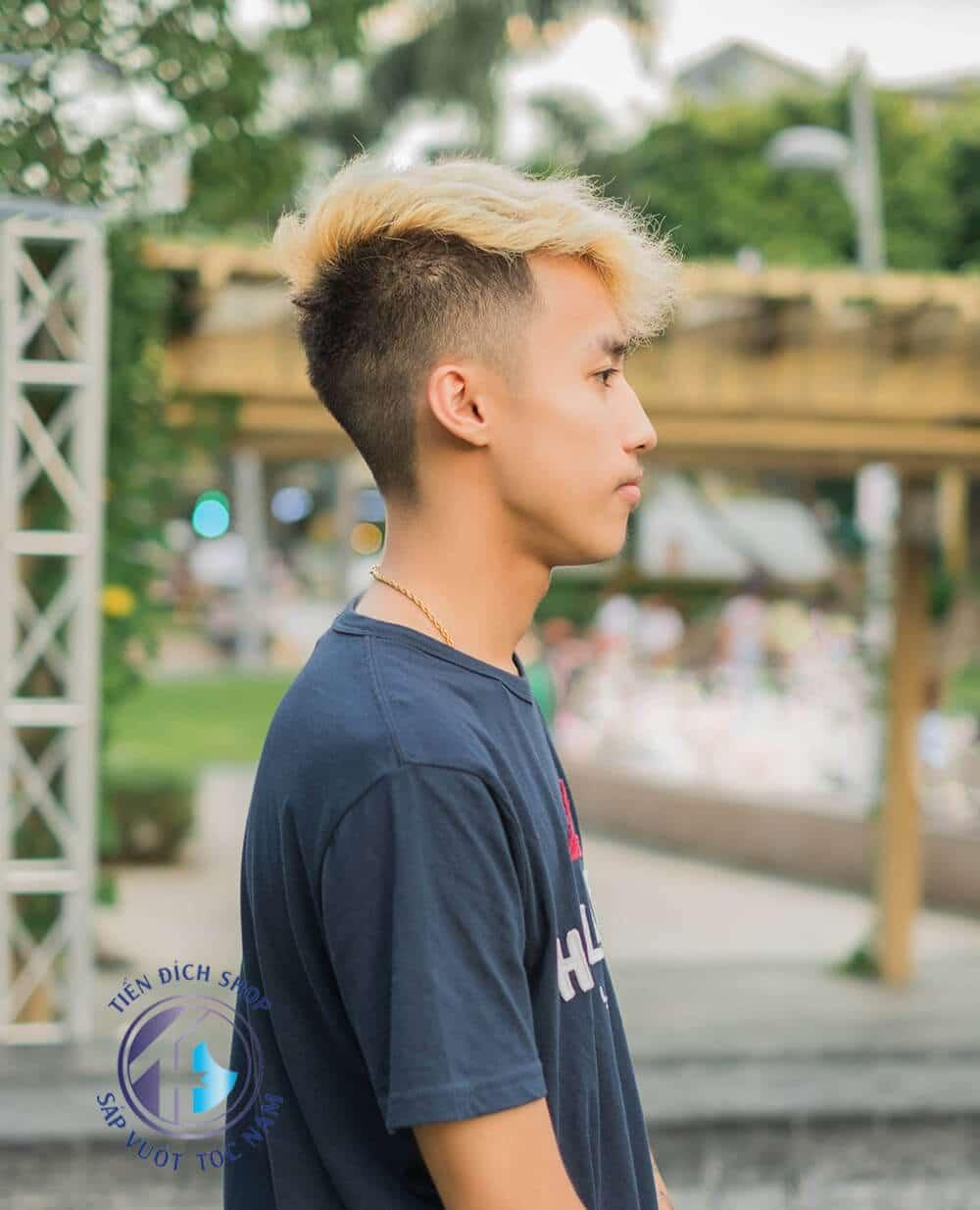 Nhuộm tóc nam màu Vàng