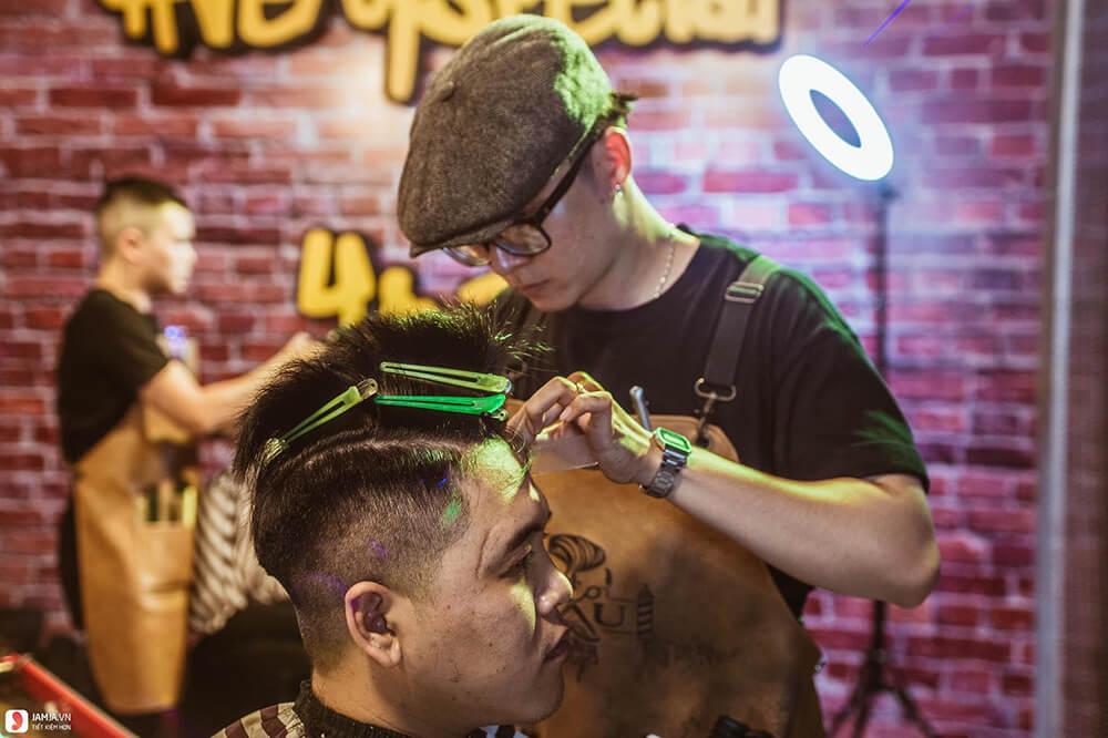 Dạy hớt tóc nam Barber tpHCM – 4RAU
