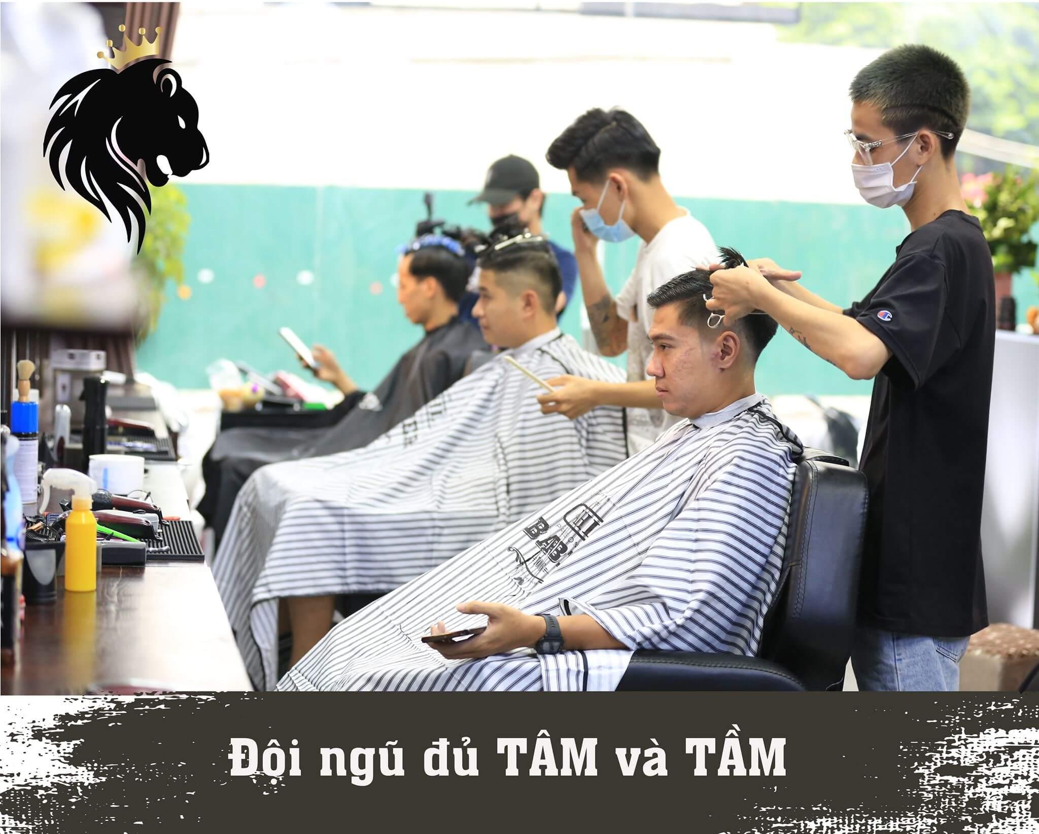 mane-man barber long biên